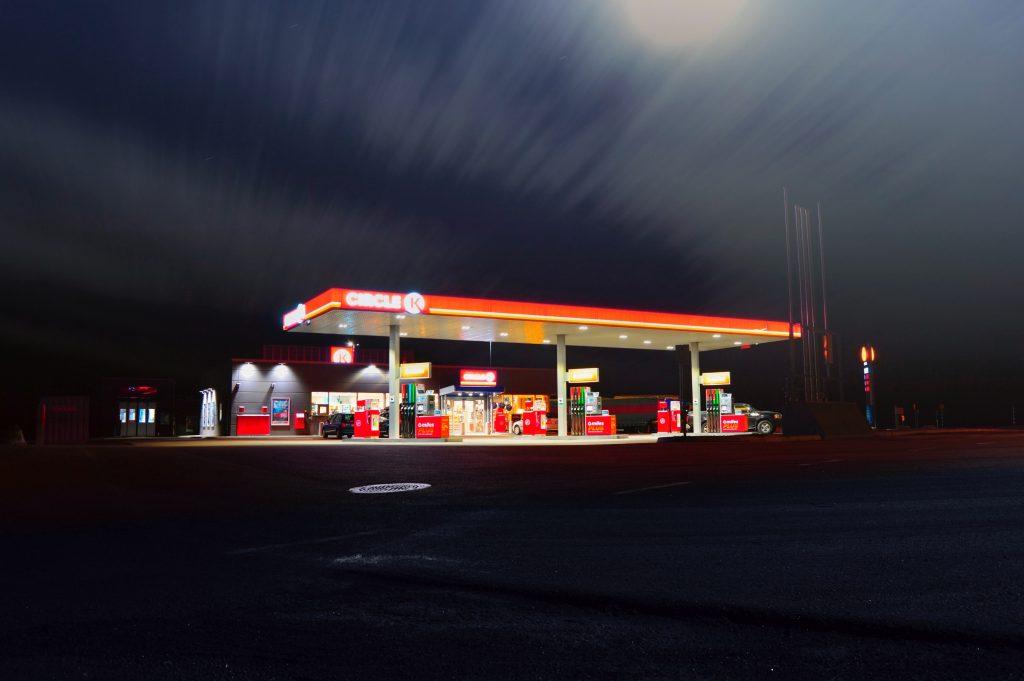 ¿Gasolineras o supermercados?